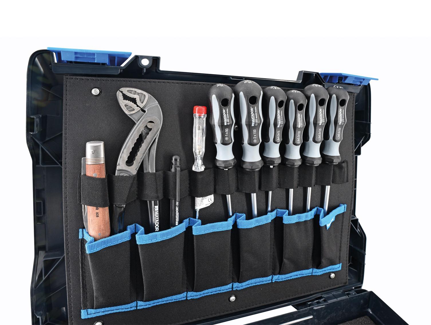 Mit integrierter Werkzeugkarte als Deckeleinlage.